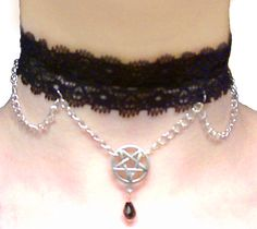 Gothic necklace with pentacle pendant (collana gotica con pentacolo) (8£) handmade/fatte a mano