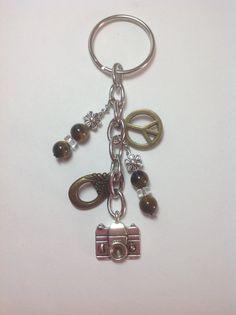 Key chain / Zipper pull / Purse charm / Bag charm / Beaded charm / Gift charm / Handbag charm - Vintage camera