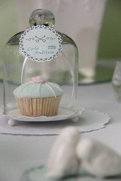 Detalhes em mesa de mini wedding. Miniwedding. miniwedding.