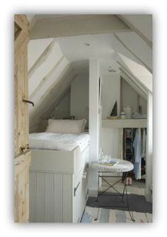 Bedroom On Pinterest Tiny Bedrooms Small Bedrooms And Guest Rooms