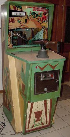 Arcade Game Room, Retro Arcade Games, Arcade Game Machines, Arcade Machine, Vending Machines, Vintage Games, Vintage Toys, Pinball, Penny Arcade