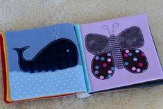 "Livre en tissu - système spécial pour la ""reliure"" Softie Pattern, Free Pattern, Sewing For Kids, Baby Sewing, Silent Book, Diy Quiet Books, Baby Shoes Pattern, Baby Box, Ocean Texture"