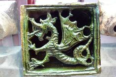 15th century stove tile with dragon. Oberhausmuseum (Passau).