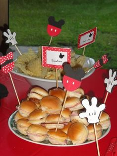 TRENDS: Mickey Mouse Parties on Catch My Party | Catch My Party