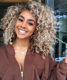 5 Marvelous Tips: Feathered Hairstyles feathered hairstyles Hairstyles Undercut Awesome asymmetrical hairstyles updo. Hairstyles Long Bob, Older Women Hairstyles, Feathered Hairstyles, Girl Hairstyles, Asymmetrical Hairstyles, Fringe Hairstyles, Brunette Hairstyles, Bob Haircuts, Everyday Hairstyles