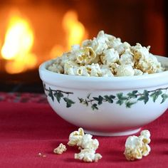 Maple Gingerbread Popcorn Recipe - Real Food Real Deals