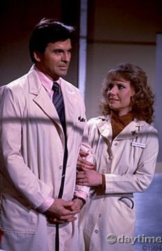 Stuart Damon & Leslie Charleson as Alan & Monica Quartermaine on General Hospital