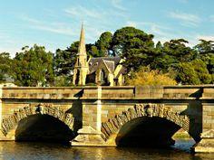 Heritage Highway, Ross Bridge and church
