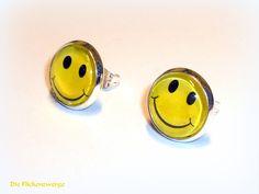 """Statement Ohrstecker """"Give a Smile"""" von Die Flickenzwerge auf DaWanda.com"""