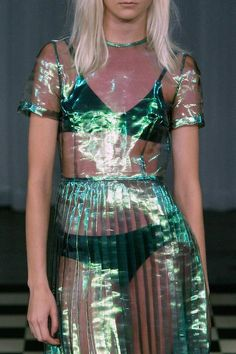 Pleats please! Two-tone organza, gorgeous! - Antipodium SS14, London Fashion Week