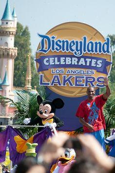 Disneyland Hosts Victory Parade for Los Angeles Lakers. 20 June 2009 | Denise Cross via Flickr