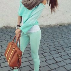 <3 colour + skinnies + layers + scarf <3