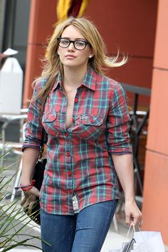 The hipster Hilary Duff. From the creator of Sex and The City, 'Younger' stars Sutton Foster, Hilary Duff, Debi Mazar, Miriam Shor and Nico Tortorella. Discover full episodes at http://www.tvland.com/shows/younger.