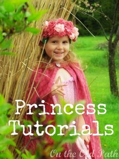 Princess Tutorials, make a crown, cape and wand. Hee Meyer, Meyer - I could see Reesie in this ; Halloween Halloween, Holidays Halloween, Fun Crafts For Kids, Gifts For Kids, Sewing Patterns Free, Sewing Tutorials, Homemade Kids Gifts, Make A Crown, Random Kid