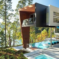 Pin for Later: 20 Contemporary Homes That Look Like They're From the Future Gulf Islands, British Columbia, Canada This house is prefab!