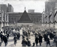 Pyramid of german helmets in New Nork after World War I