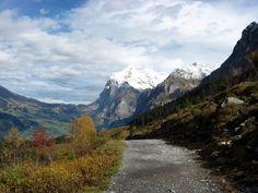 Alpiglen trail from Kleine Scheidegg, Switzerland