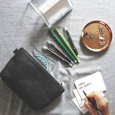 Pouch Leder, Schwarz I Jahn-Lederwaren Wallet, Pouch, Reading Glasses, Leather Bag, Sachets, Porch, Purses, Diy Wallet, Belly Pouch