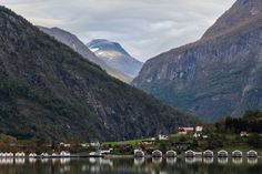 Norway Landscape, Norway Nature, Land Scape, Cottage, Sea, Mountains, Facebook, Winter, Travel