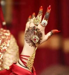 Picking bridesmaids gowns is no simple job, but it is among the most interesting and typically the most emotional parts of the wedding planning proc Bridal Mehndi Dresses, Wedding Mehndi, Wedding Bride, Wedding Mandap, Desi Wedding, Wedding Stage, Wedding Dreams, Bridal Henna Designs, Latest Mehndi Designs