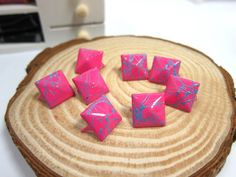 50pcs 12MM Hot Pink with Blue Color Splash Pyramid by eSupply, $1.99