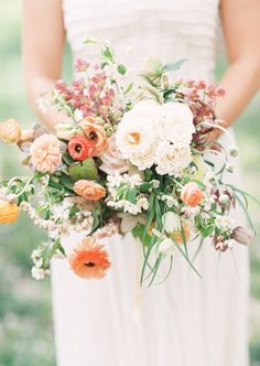 25 Best Wedding Bouquets for the Fine Art Bride | Wedding Sparrow // #bridal #bouquets