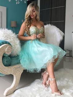 A-line Sweetheart Tulle Short/Mini Beading Prom Dresses College Formal Dresses, Spring Formal Dresses, 8th Grade Formal Dresses, Formal Dresses Online, Cheap Formal Dresses, Semi Formal Dresses For Teens, Vintage Homecoming Dresses, Prom Gowns, Graduation Dresses