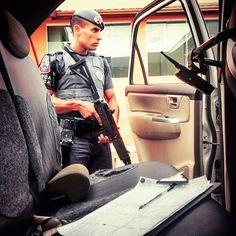 SD MONTEIRO @monteiro_feeeh -FORÇA TÁTICA (29º BPM/M - Zona Leste)  MOTIVAÇÃO POLICIAL :O Senhor o Santo Deus de Israel o seu Salvador diz ao seu povo: Eu sou o Senhor seu Deus. Eu os ensino para o seu próprio bem e os guio no caminho que devem seguir. Isaías 48:17   ENVIE SUA FOTO POR DIRECT!  #PMESP #PMSP #OrgulhoMilitar  #Pmerj #Policia #MotivaçãoPolicial #PoliciaisMilitares #Militarismo #ForçaEHonra #ServirEProteger #SerPolicialÉSobreTudoUmaRazãoDeSer #PoliciaBrasileira…