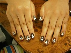 Beagles Nails