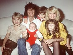 Ronnie Wood with his now ex-wife Jo and their 4 children in 1980