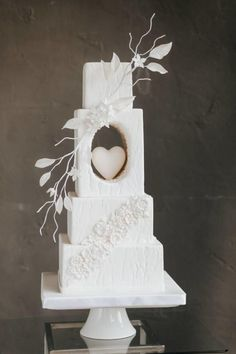 square wedding cakes Unique Wedding Cakes For Your Special Moment White Wedding Cakes, Elegant Wedding Cakes, Beautiful Wedding Cakes, Wedding Cake Designs, Beautiful Cakes, Unique Weddings, Amazing Cakes, Wedding White, Cake Wedding