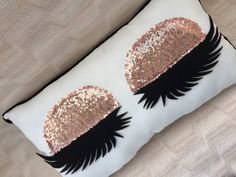 Pillow Mine Eyelash Pillow  Eyelash extension Salon decor