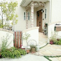 Gate Post, Rustic Design, Curb Appeal, Garden Landscaping, Greenery, Garage Doors, Exterior, Patio, Mansions
