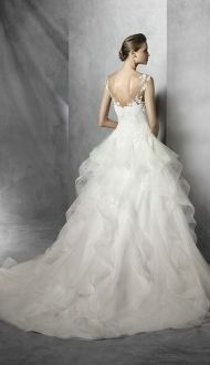 TRINITY-by-Pronovias-Wedding-Dress.jpg