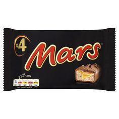 Mars Bar in a pack of 6 Topped with a layer of caramel Covered with milk choclate Mars Chocolate Bar, Chocolate Malt, Chocolate Covered, Snickers Almond, British Candy, Mars Bar, Almond Bars, Gourmet Recipes, Caramel