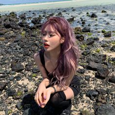 Discover recipes, home ideas, style inspiration and other ideas to try. Hair Color Asian, Asian Hair, Bright Hair Colors, Hair Dye Colors, Colourful Hair, Dye My Hair, Violet Hair, Purple Hair, Professional Hair Salon