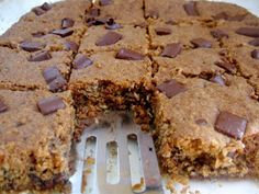 Hope For Healing: Coconut Chocolate Chip Cookie Bars (vegan) Allergy Free Recipes, Vegan Recipes, Great Recipes, Whole Food Recipes, Coconut Chocolate Chip Cookies, Hungarian Recipes, Sugar Free Desserts, Good Food, Sweets