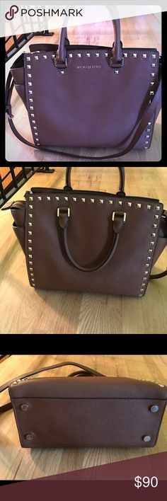 Michael Kors Selma Bag Beautiful cognac brown Michael Kors bag made of saffiano leather. I have so many bags so usually end up rotating them. I wore this one in rotation for maybe a month. In excellence condition and deserves more time and attention than I give it. Bags Totes