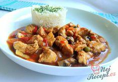 Krůtí guláš s rýži Goulash, Kung Pao Chicken, Sweet Recipes, Shrimp, Ethnic Recipes, Food, Red Peppers, Meals, Yemek