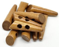 5 Horn Wood Toggle Buttons Sewing Horn Button by WNBrunk on Etsy