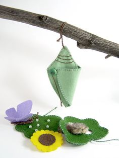 Butterfly Life Cycle Playset from natural materials - Educational, Heirloom Felt Toy via Etsy. Felt Crafts, Diy And Crafts, Crafts For Kids, Arts And Crafts, Projects For Kids, Sewing Projects, Felt Stories, Butterfly Life Cycle, Homemade Toys