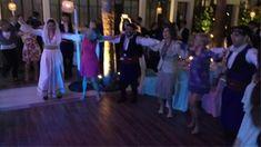 anatakti.gr: Η τέως βασίλισσα Σοφία έσυρε το χορό στην Κρήτη