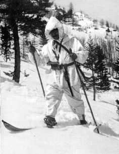 """Alpino """"Skiatore"""" sul Fronte dolomitico, inverno 1916/1917. (Tratto dalla rivista """"L'Alpino"""" gennaio 2017)"""