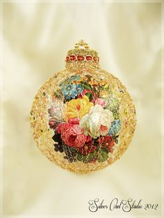 Large Victorian Wire Wrapped Christmas Ornament