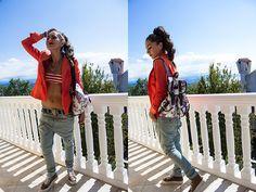 Galliano Baggy Pants, Iceberg Blazer, Calzedonia Bikini, Baldini Platform Shoes, Funky Fish Floral Bag Beautiful the style!