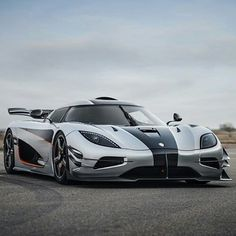The first production #koenigsegg #one1 has been registered in Germany. Only 5 more will be produced and they are all sold out.