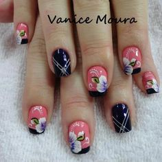 I don't care for black but I like these! Shellac Manicure, Glitter Manicure, White Nail Designs, Nail Art Designs, French Nails, Ring Finger Nails, Super Nails, Hot Nails, Nagel Gel