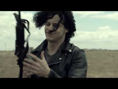 The Dead Weather - Treat Me Like Your Mother (OFFICIAL MUSIC VIDEO)