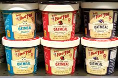 Instant oatmeal is a quick warm breakfast and an easy way to get whole grains. But some picks aren't so healthy. Oatmeal Cups, Best Oatmeal, Gluten Free Oatmeal, Clean Diet, Organic Vegetables, Fish And Seafood, Food Allergies, Healthy Chicken, Healthy Recipes