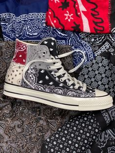 Offspring Converse Chuck 70 Paisley Release Date | SneakerNews.com Mode Converse, Converse Shoes, Embroidery Sneakers, Fresh Shoes, Hype Shoes, Sneaker Heels, Custom Shoes, Sneakers Fashion, Me Too Shoes